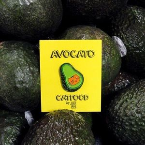 Avocato Enamel Pin